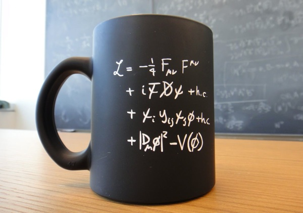 Standard_Particle_Model_of_Physics_-_Mug-1